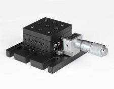 Linear translation stage with both top and bottom adapter plates